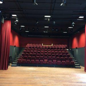 Theater en woningen (1)